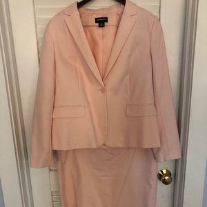 Liz Claiborne women's business suit Large